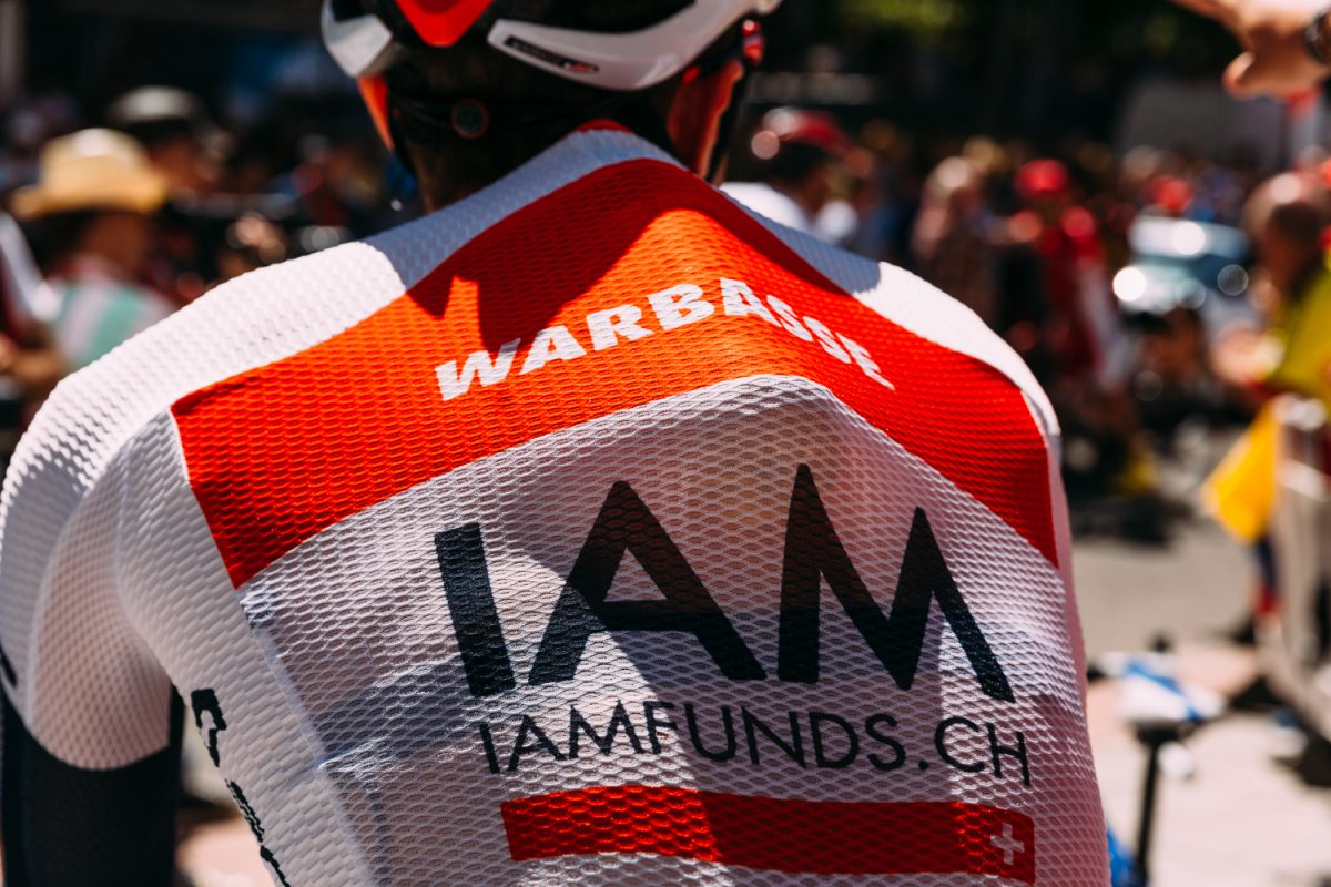 Vuelta blog: Larry Warbasse fights for a contract