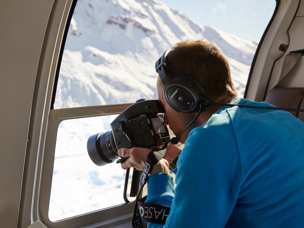 Amy Rose Sin Ropa a mountain movie - michael blann at work - the world's