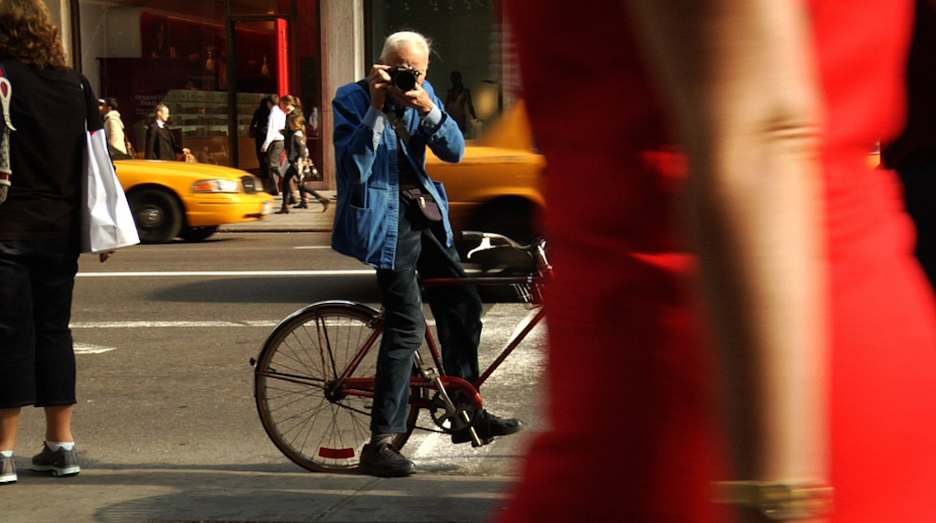 Bill Cunningham: New York's fashion photographer and his 27 bikes