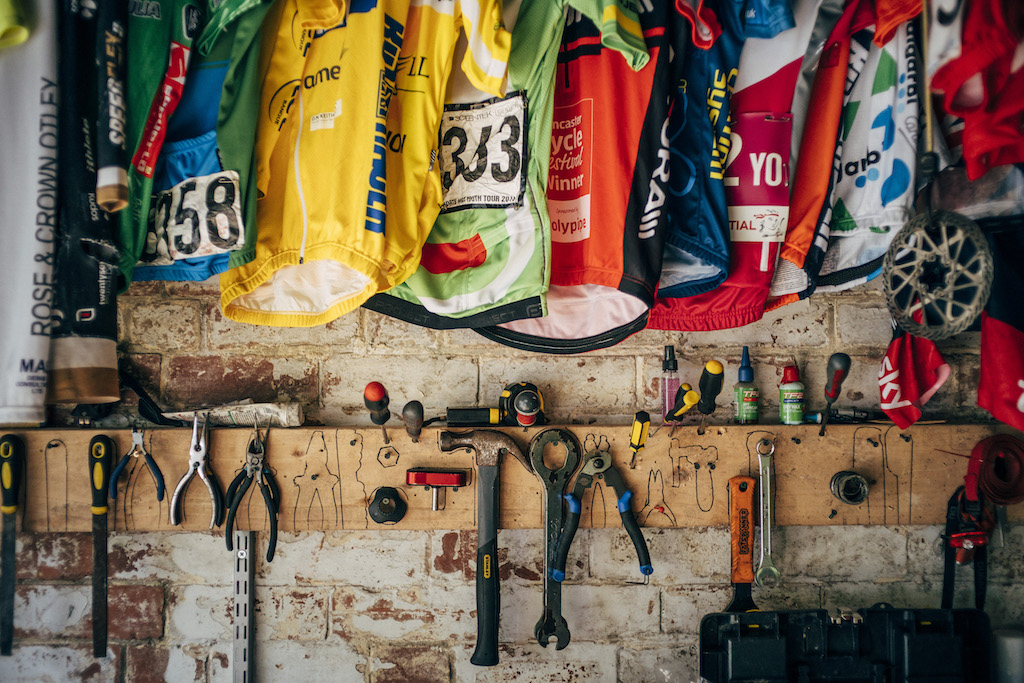Rouleur Cover Stories: issue 17.7 – Tom Pidcock's shed by Benedict Campbell