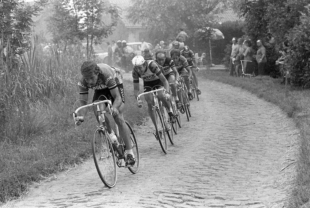 Gallery: When cobbles go on Tour