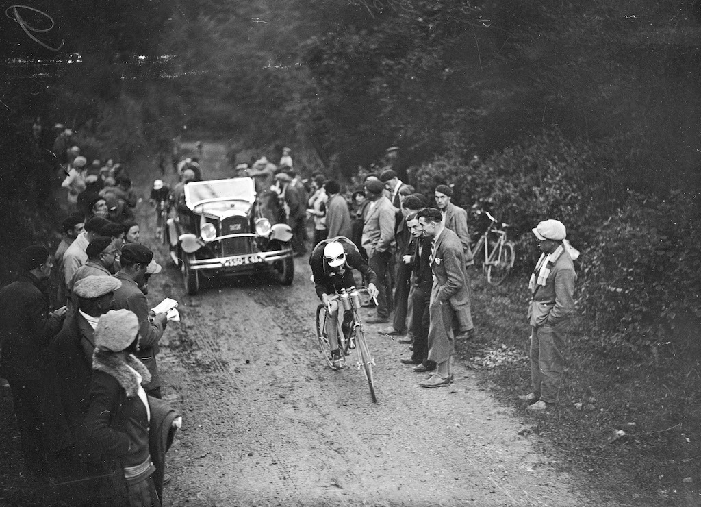 There's nothing new about gravel roads in the Tour de France