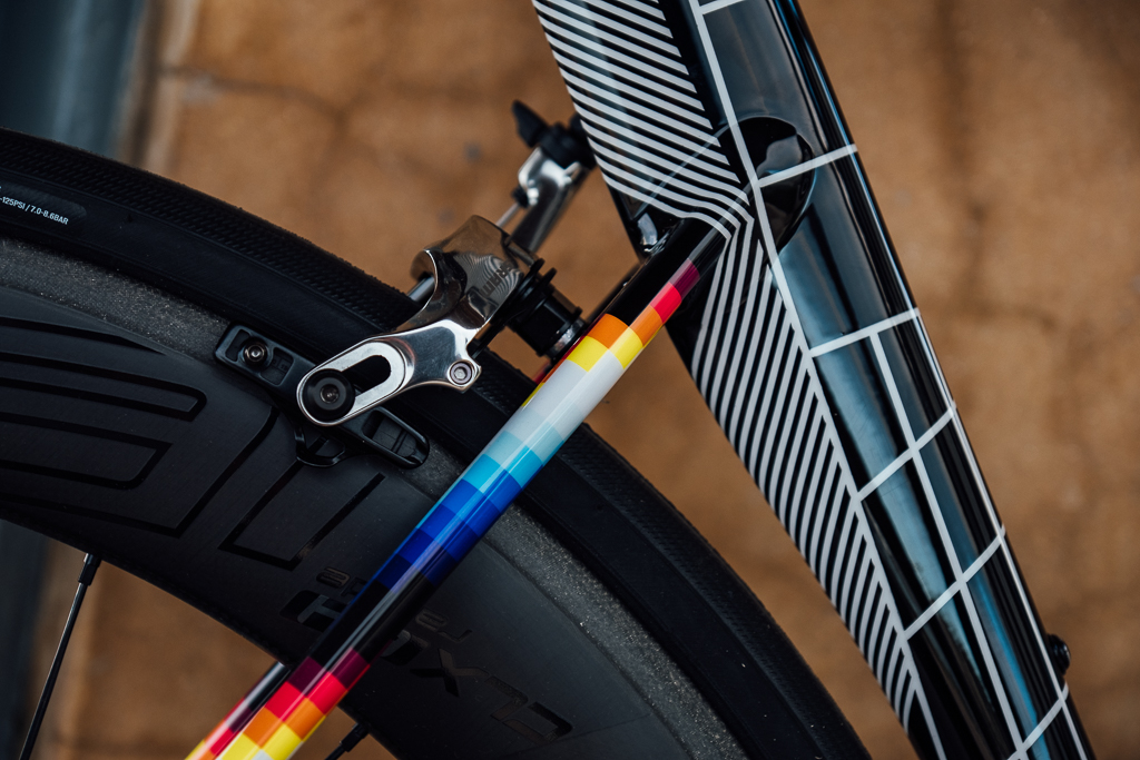 Desire: Romance x Felipe Pantone x Specialized Allez Sprint – at the Rouleur Classic