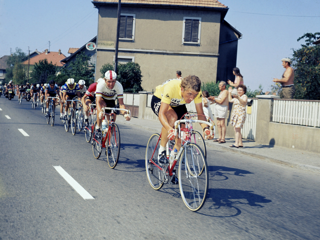 Freddy Maertens leads the way in the Maillot Jaune at the 1976 Tour de France 1976