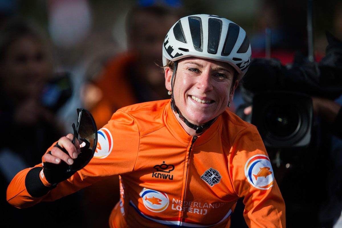 Annemiek van Vleuten named Sharon Laws Road Rider of the Year 2019