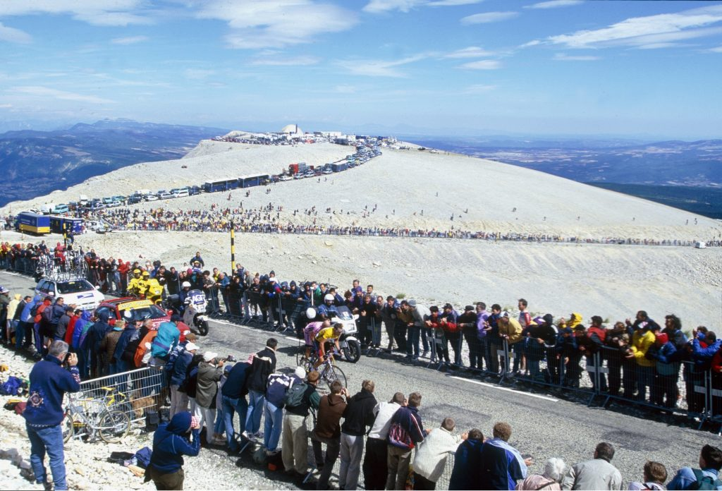 Marco Pantani and Lance Armstrong battle up Mont Ventoux